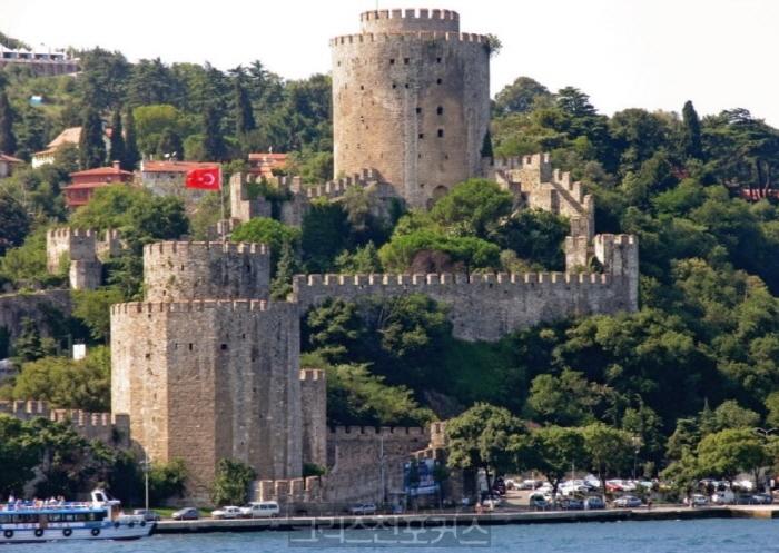 터키 이스탄불 포럼 연기하고 사과문 발표해