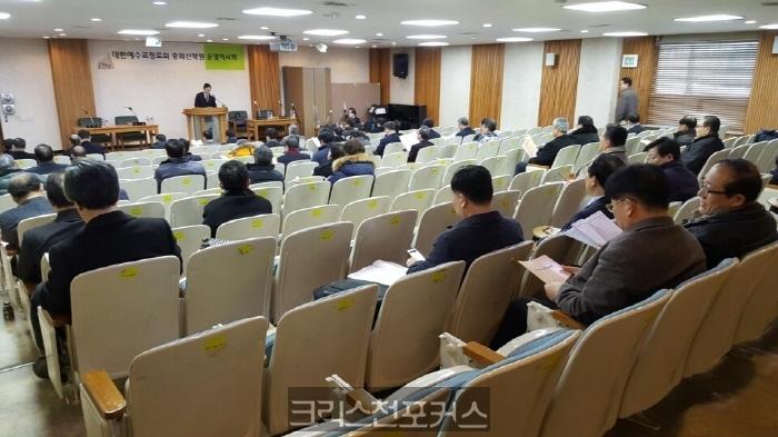 [논평] 강진상·김정호의 무법 논리를 우려한다