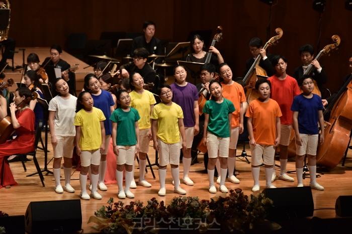 새에덴교회 설립 30주년 기념음악회 열려