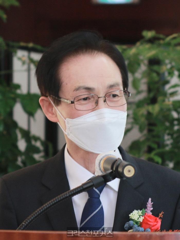 한국교회언론회 신임 대표회장 이억주 목사 취임